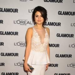 Selena Gomez : sublime sur le tapis rouge mais en larmes aux Glamour Awards (PHOTOS)