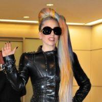 Lady Gaga nue et espionnée par 35 fans pour Thanksgiving !