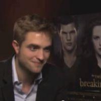 "Robert Pattinson dans Fifty Shades Of Grey ? ""Oui, je joue dedans"" (VIDEO)"