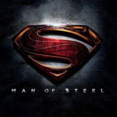 Man of Steel : Superman menotté et pas joyeux sur le premier poster (PHOTO)