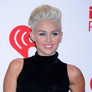 Miley Cyrus : sexy et trash pour son retour sur scène ! (VIDEO)