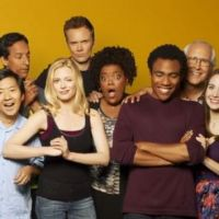 Community saison 1 : les étudiants les plus drôles de la télé débarquent ce soir sur Numéro 23 ! (VIDEO)