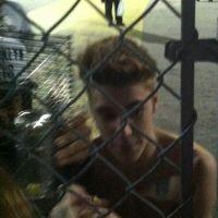 """Justin Bieber : il """"balance"""" son hamster à une fan ! (PHOTOS)"""