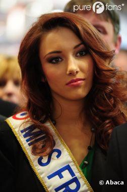 Delphine Wespiser envisagerait de reprendre le flambeau à la direction de la société Miss France !