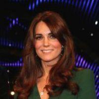 Kate Middleton enceinte : Elizabeth II oublie la tradition pour lui redonner le sourire
