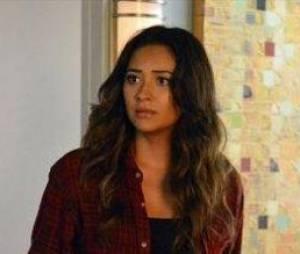 Emily va faire une découverte dans Pretty Little Liars