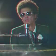 Bruno Mars : When I Was Your Man, le clip rétro émouvant !
