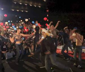 Michaël Youn et son Harlem Shake pour Vive La France