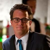 Cougar Town : Matthew Perry dans la série de Courteney Cox ?