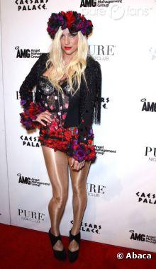 Kesha en mode sexy-trash sur le tapis-rouge