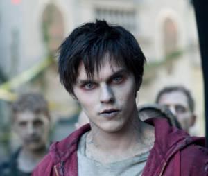 Nicholas Hoult en zombie dans Warm Bodies