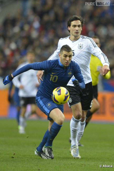 Karim Benzema créé la polémique en ne chantant pas la Marseillaise