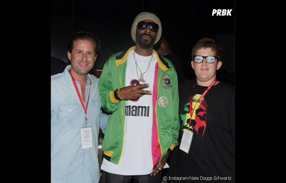 Le kid Nathan Schwartz avec Snoop Dogg Lion