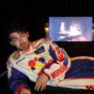 Joe Jonas : pas de bal de promo, mais un rencard pour une fan
