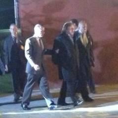 Gérard Depardieu dans le rôle de DSK : première image menottes aux mains