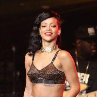 """Rihanna seins nus sur Instagram ? """"Ce n'était pas moi"""""""