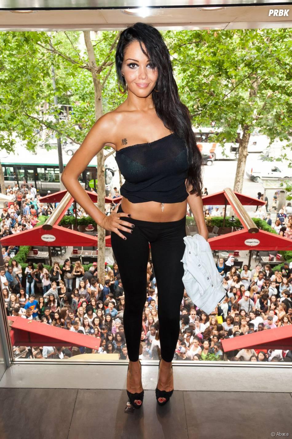 Nabilla montera les marches du Festival de Cannes 2013