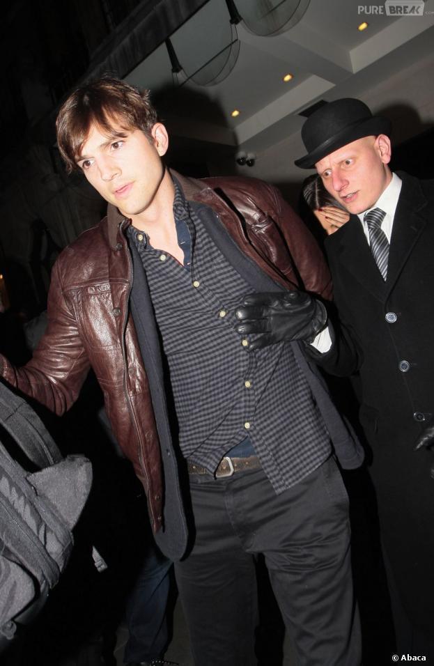 Ashton Kutcher s'est battu avec un agent de sécurité