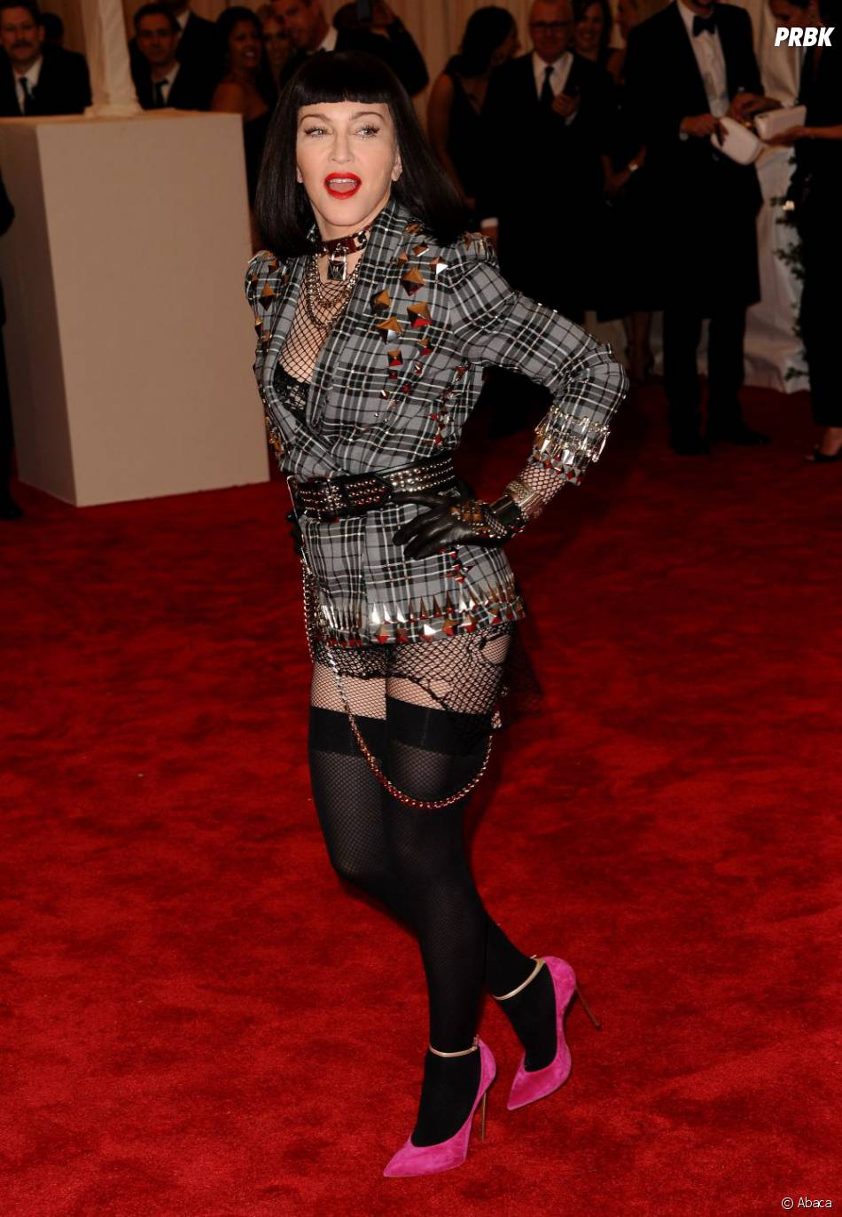 Madonna décidée à voler la vedette aux autres people