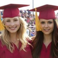 The Vampire Diaries saison 4 : le choix de Nina Dobrev, émotion et morts-vivants dans le final (SPOILER)