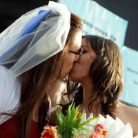 Mariage pour tous : le Conseil constitutionnel valide la loi