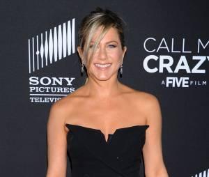 Jennifer Aniston nue pour Tomer Sisley