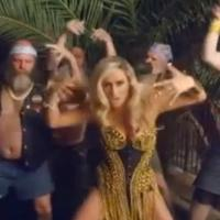 Kesha : Crazy Kids, le clip déjanté avec Will.i.am
