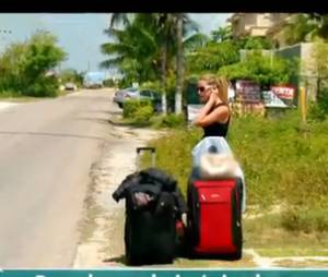 C'est l'heure du départ pour Julia dans Les Marseillais à Cancun