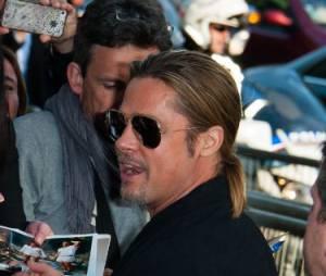World War Z : Brad Pitt proche des spectateurs lors de l'avant-première à Paris