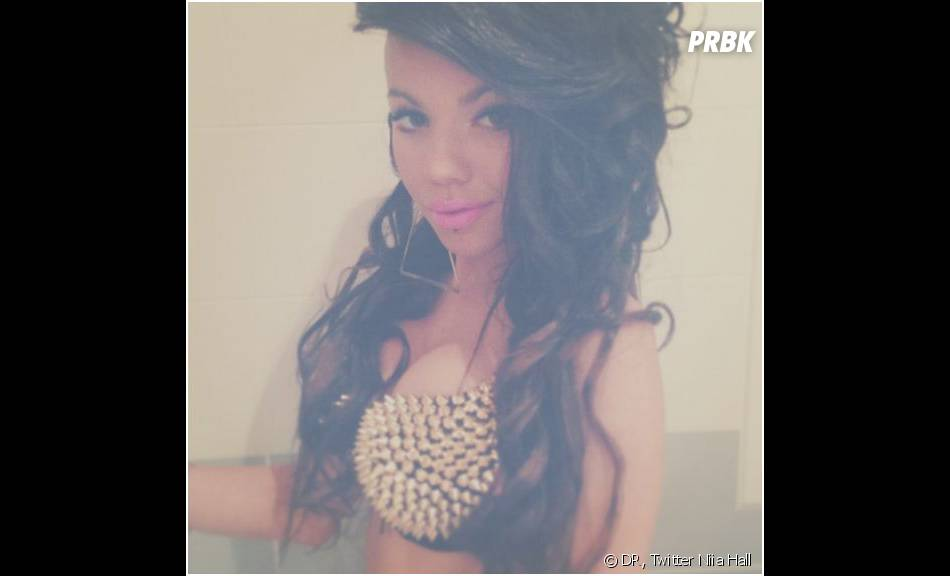 Niia Hall, nouvelle bimbo de Twitter