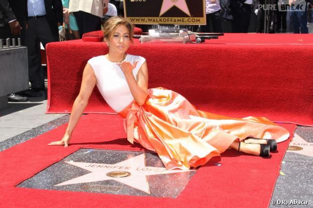 Jennifer Lopez honorée sur Hollywood Boulevard le jeudi 20 juin 2013 à Los Angeles.