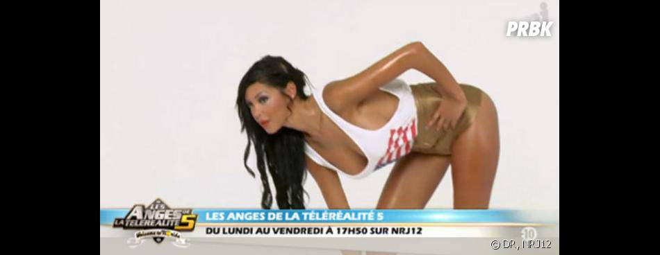 "Les Anges 5 : Nabilla shake son booty dans le clip ""Make The Girl Danse""."