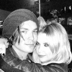 Ashley Benson en couple avec son co-star de Pretty Little Liars ? Sa réponse aux rumeurs Tyler Blackburn