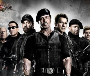 Voici l'affiche de The Expendables 2