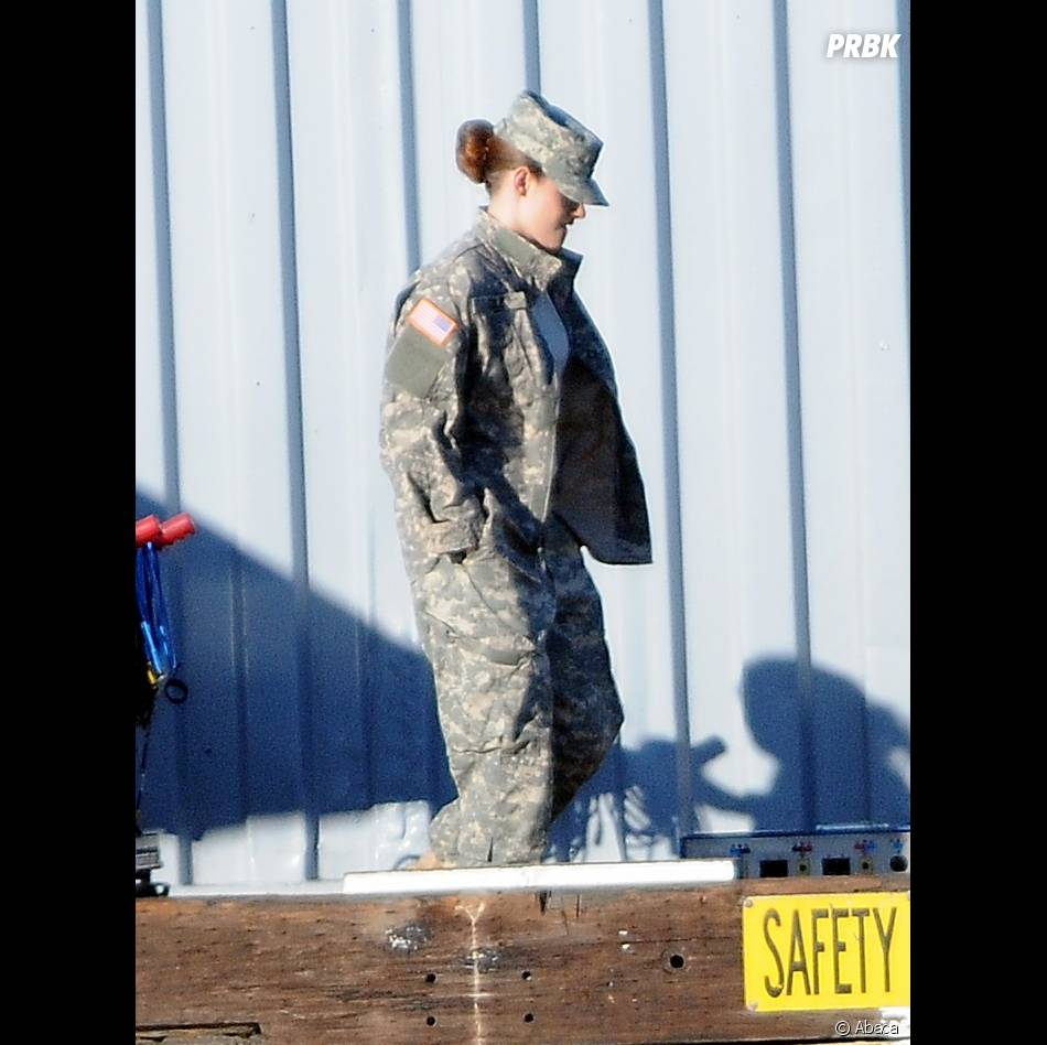 Kristen Stewart dans les coulisses du tournage deCamp X-Ray