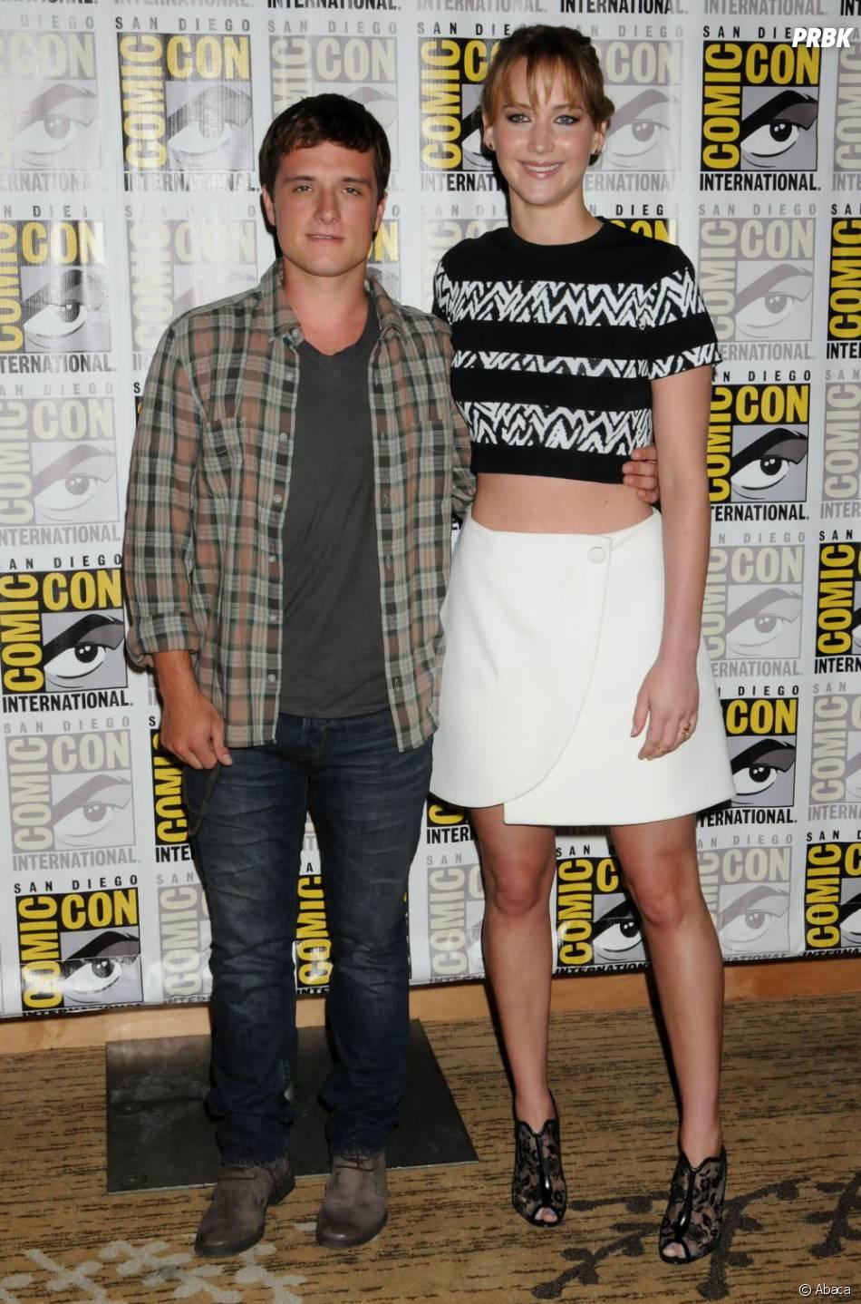 Josh Hutcherson et Jennifer Lawrence complices au Comic Con 2013