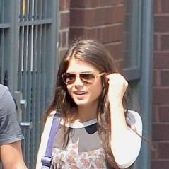 Taylor Lautner en couple : main dans la main avec Marie Avgeropoulos