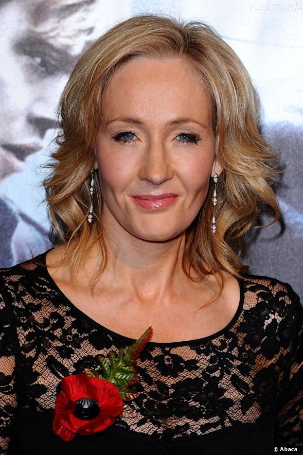 J.K Rowling a été dédommagée après la fuite de son pseudonyme
