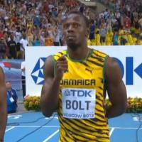 Usain Bolt en mode clown : show comique avant sa finale du 100m
