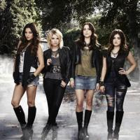"Pretty Little Liars saison 4 : ""A"" se défend et record sur Twitter"