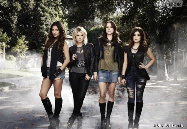 """Pretty Little Liars saison 4 : """"A"""" se défend après la révélation"""