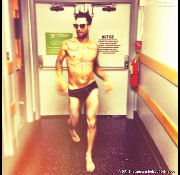 Adam Levine : sa fiancée dévoile une photo de lui en slip sur Instagram