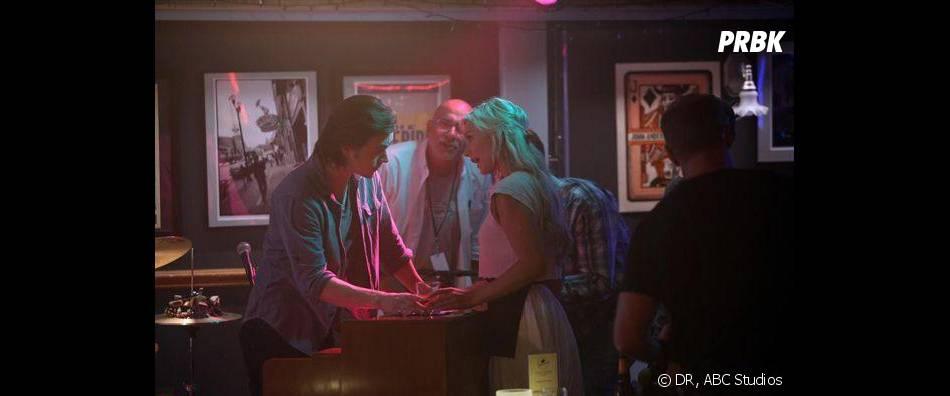 Nashville saison 2, épisode 1 : Jonathan Jackson et Clare Bowen