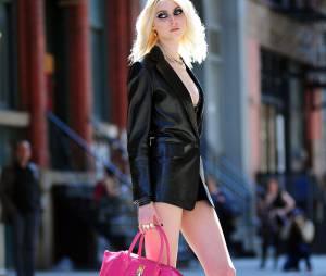 Taylor Momsen sur le tournage d'un clip en avril 2013