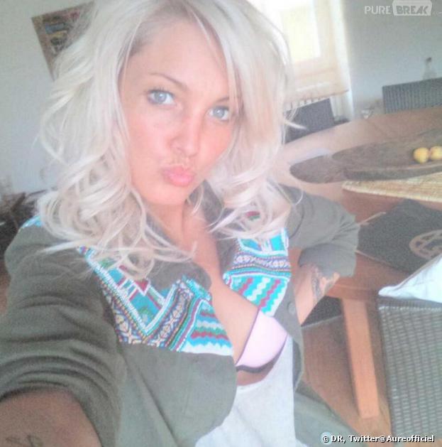 Aurélie Dotremont a changé de coupe de cheveux et la dévoile sur Twitter.