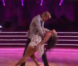 "Amber Riley et Derek Hough impressionnent dans ""Dancing with the stars"", le 16 septembre 2013 sur ABC"