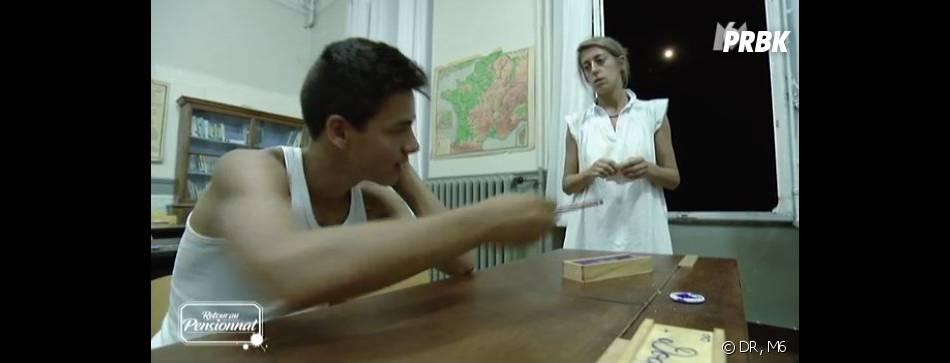 Retour au Pensionnat : Maxime en mode punition avec Mlle Lareigne.