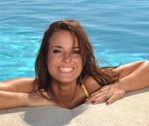 Les Ch'tis à Mykonos : Kelly fréquenterait des clubs libertins.