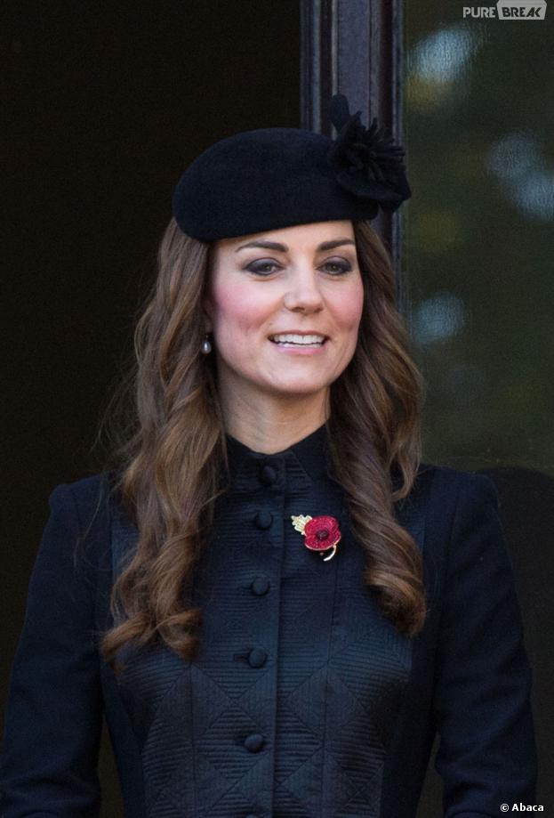 Kate Middleton, chic toute en noir pour le Remembrance Day, le 10 novembre 2013 à Londres