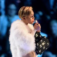 """Miley Cyrus : son joint aux MTV EMA 2013 ? """"Tu dois juste décider d'en avoir rien à foutre"""""""